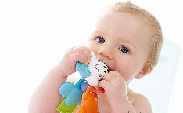 Trẻ biếng ăn phải làm sao: Mẹ ơi, đừng sợ!